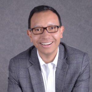 Guillermo Moreno  COACH